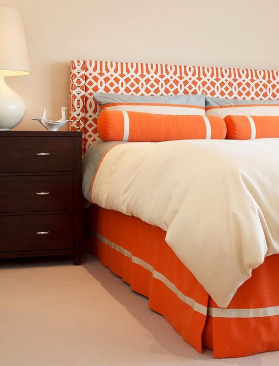 Оранжевый цвет в интерьере спальни