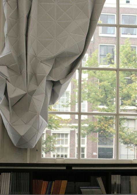 Оригинальное декорирование штор.