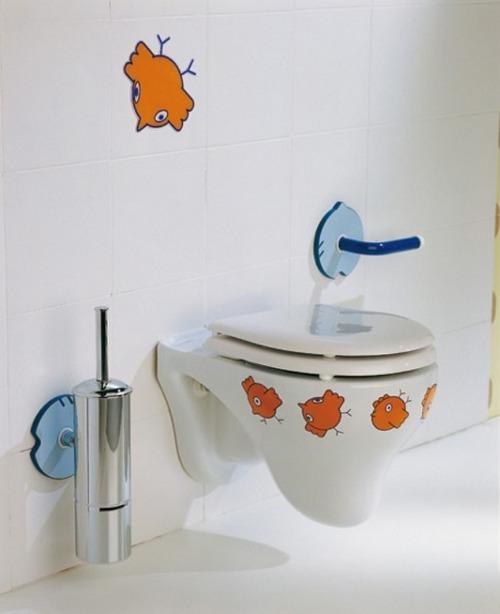 Подвесной унитаз - детская ванная комната