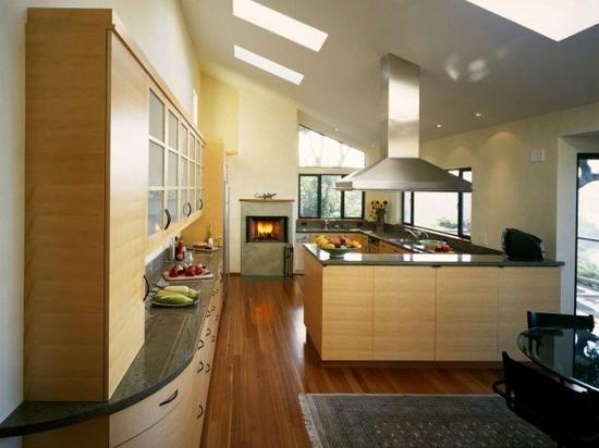 Из какого материала выбрать кухню