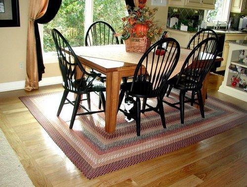 Плетеные коврики в домашнем интерьере