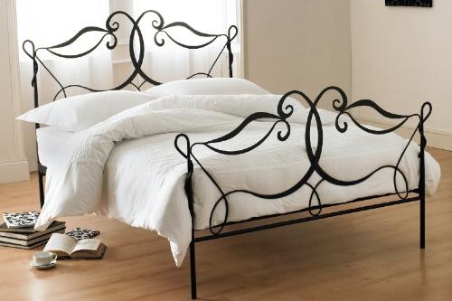 Кованые кровати в интерьере
