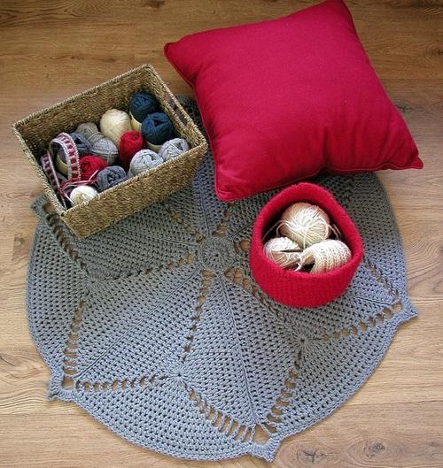 Вязаные коврики крючком