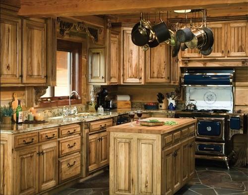 Фасады для кухни из массива дерева