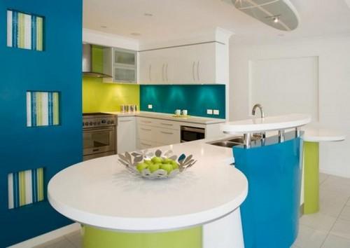 Фартук для кухни из цветного стекла