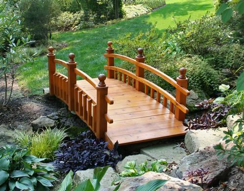 Мостик садовый деревянный