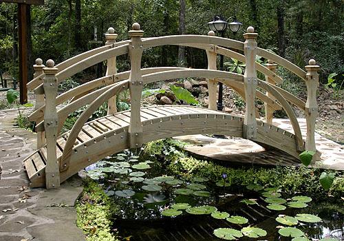 Деревянные садовые мостики декоративные