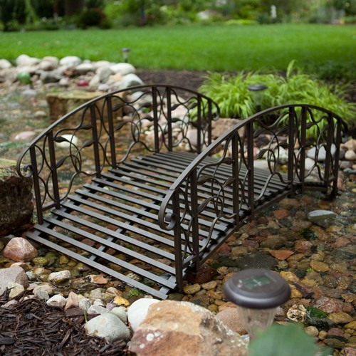 Дизайн мостика в саду