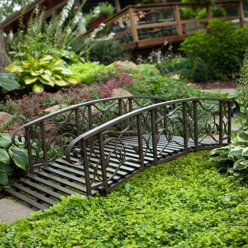 Кованые мостики садовые