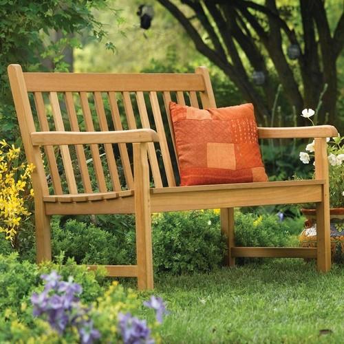 Садовые скамейки из дерева фото