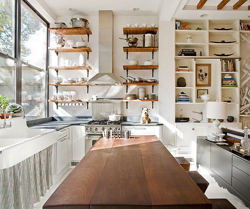 Открытые полки для кухни в интерьере фото