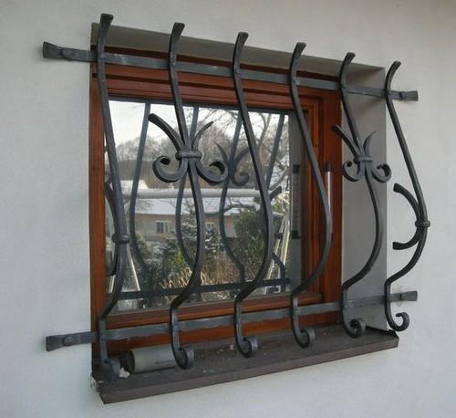 Металлические декоративные решетки на окна фото