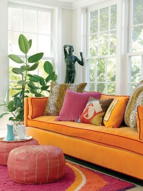 Сочетание цвета фуксии и оранжевого в интерьере