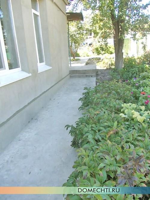 Как сделать бетонную дорожку в саду своими руками 12