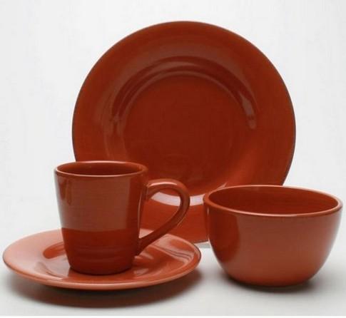 Посуда для кухни терракотового цвета