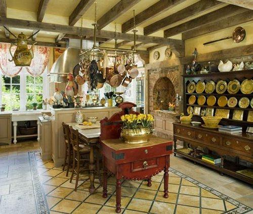 Деревянные балки в интерьере кухни с островом