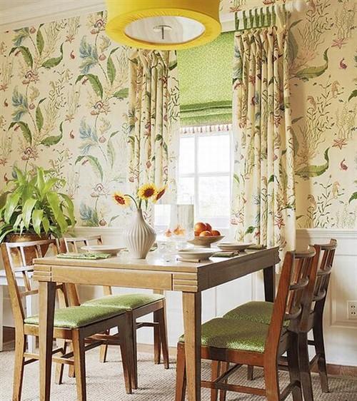 Мебель и шторы во французском стиле