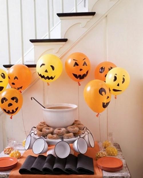 Украшение интерьера дома на Halloween