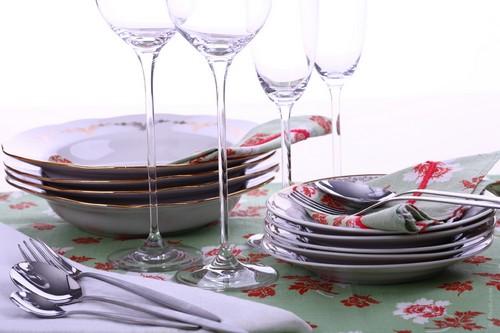 Столовая посуда для кухни из фарфора