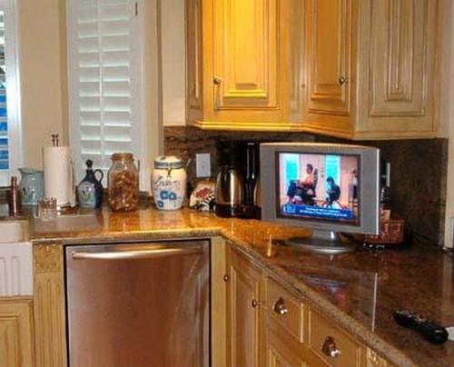 Маленький телевизор для кухни