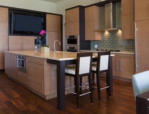 Встраиваемый в мебель телевизор для кухни