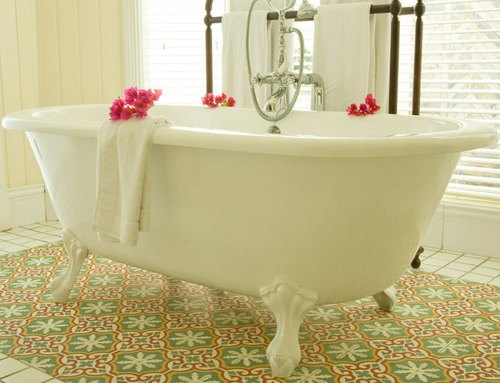 Восстановление эмали чугунной ванны своими руками