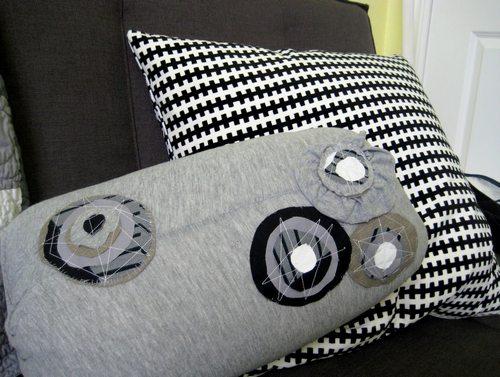 Декоративная подушка валик своими руками