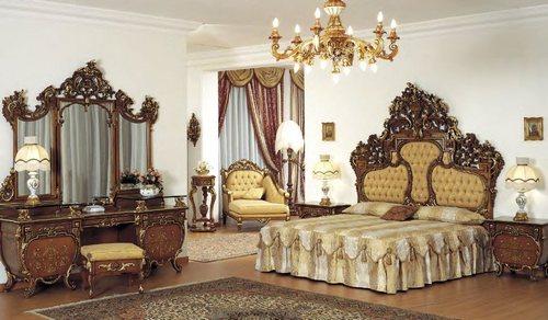 Резная мебель Asnaghi с интерьере