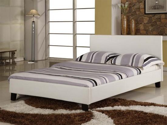 Белая кожаная кровать фото