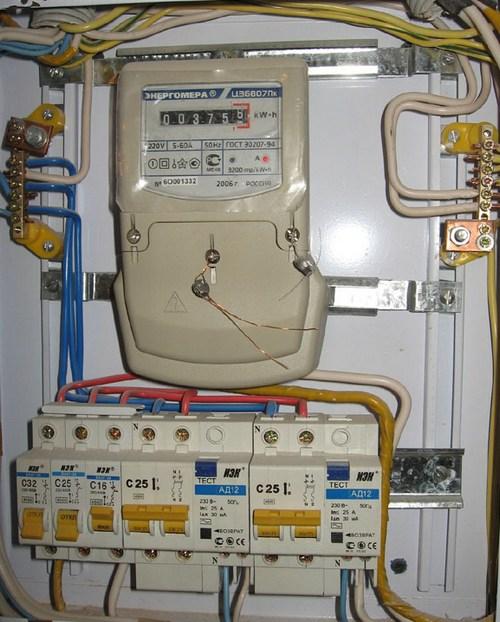 Электроснабжение частного дома своими руками фото