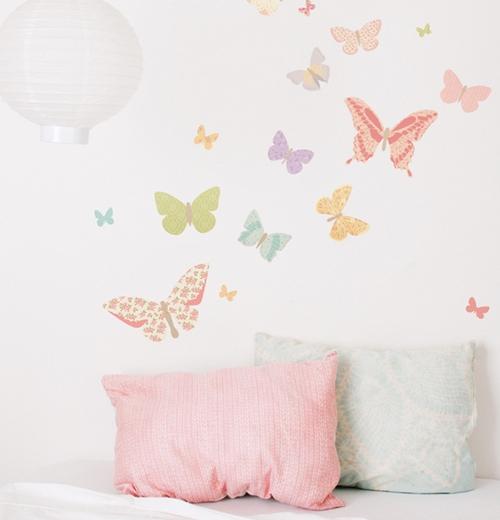 Украшение стен бабочками фото