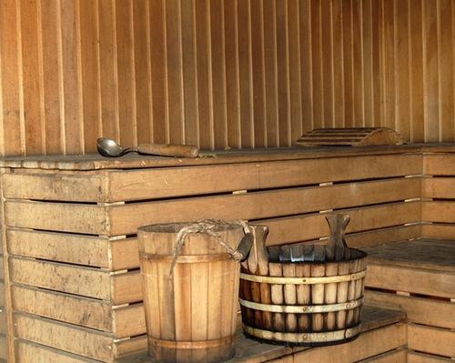 Внутреннее обустройство бани на даче