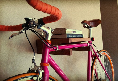 Хранение велосипеда в квартире: обзор вариантов с фото дом м.