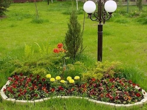 Формы цветочных клумб на даче