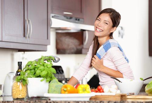 Как обустроить кухню для похудения
