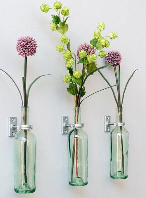 Как закрепить бутылочные вазы на стене фото