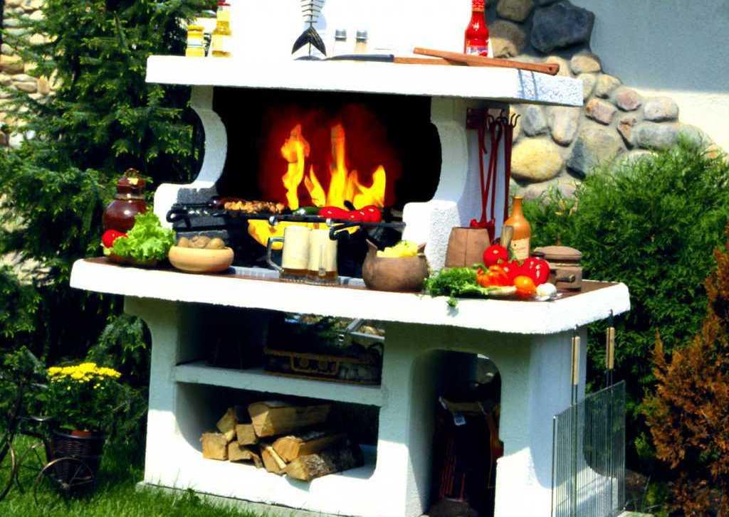 Из чего построить летнюю кухню на даче 421