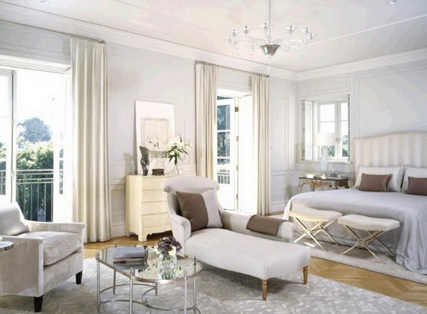 Светлая спальня в классическом стиле фото