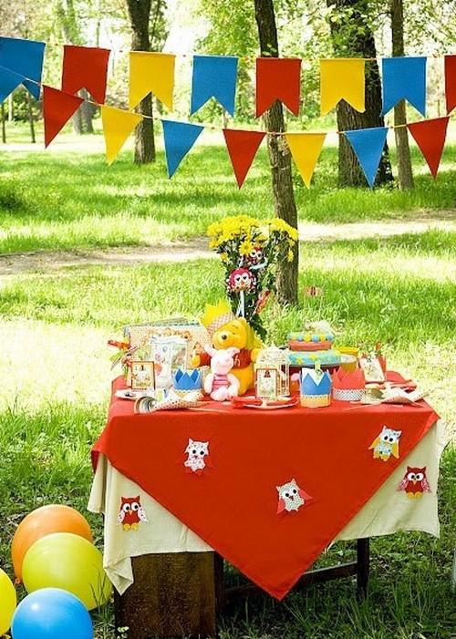 Украшение <em>фруктов</em> детского стола на природе