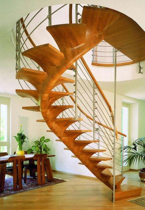 Винтовые лестницы из дерева фото