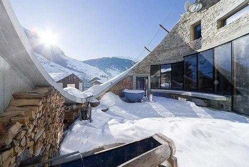 Вилла Vals в Швейцарии зимой