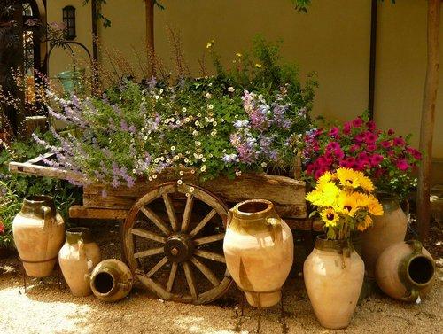 Украшения для сада и дачи