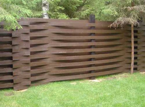 деревянный забор шахматы