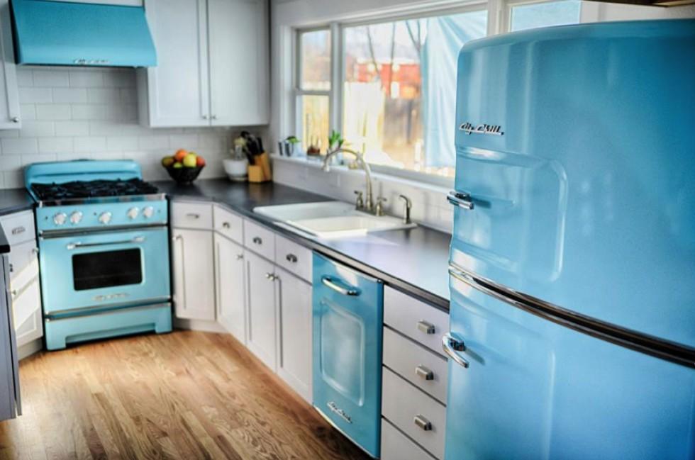 Холодильники в ретро-стиле фото