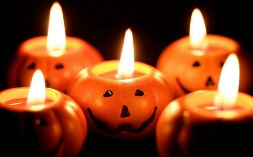 Маленькие свечи поделки из круглой тыквы