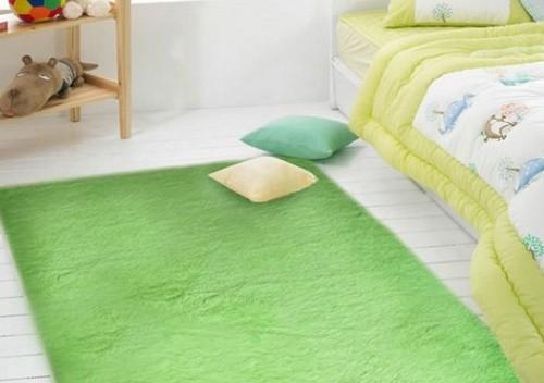 Зеленый коврик для детской фото