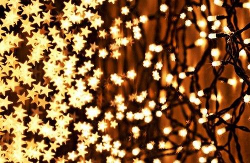 Новогодние украшения из гирлянд