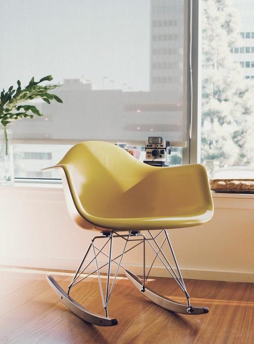красивые кресла качалки