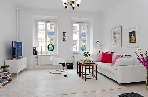 Кресло-качалка для дома в гостиной