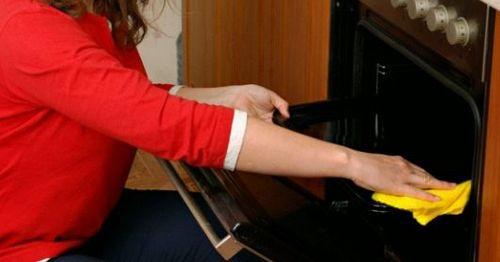 Как отмыть духовку без химии